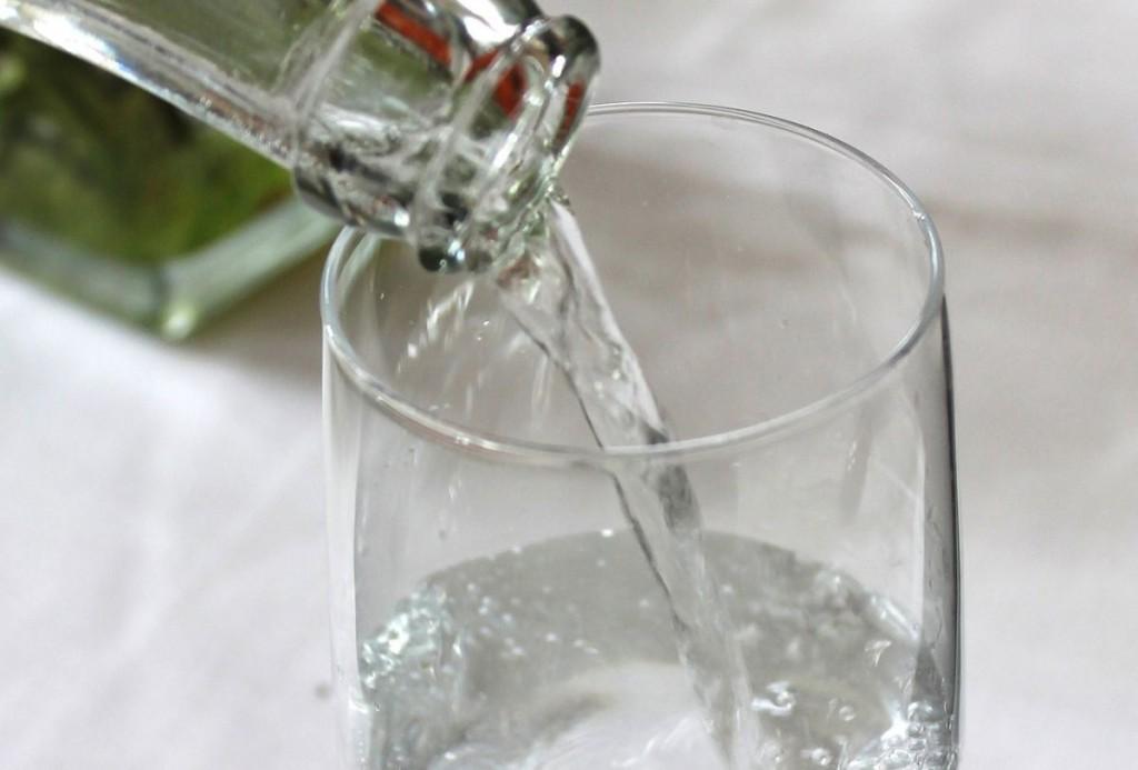 Je bois toujours un verre d'eau après chaque verre d'alcool